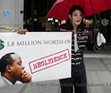 Navi protests with fellow MJ Fans outside court